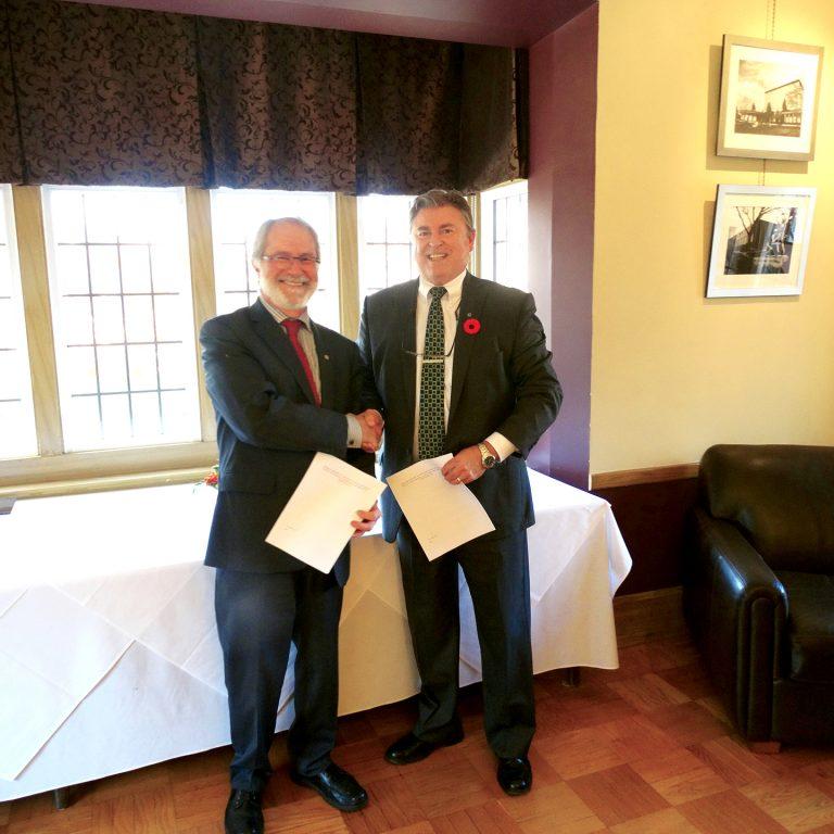 2013 President Deane and Mr Runciman EcoPark System Signing DAG