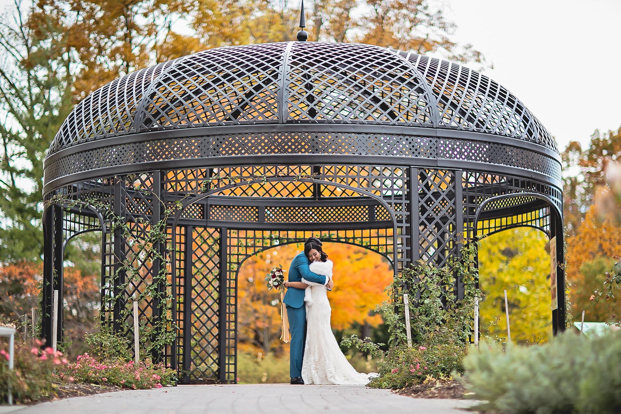 Wedding bride and groom in Hendrie Park gazebo credit ESM Photography - Royal Botanical Gardens 680 Plains Road West Burlington On Canada